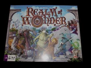 NIEUW: Realm of Wonder