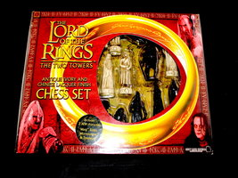 2dehands: Lord of the Rings two tower schaakset