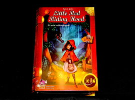 NIEUW: Tales & Games Little Red Riding Hood (EN)